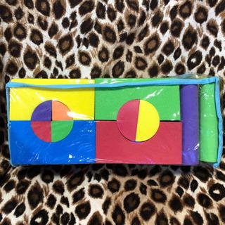 知育玩具 ソフト軽量発泡ブロック