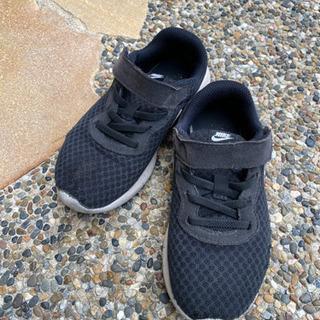 ⚜️ 18㎝NIKE靴 ⚜️