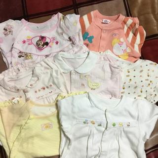 赤ちゃんの服4