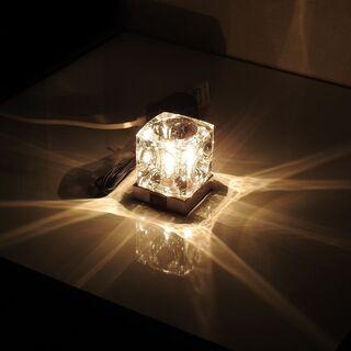 ニトリ ガラスキューブ テーブルランプ 卓上ライト