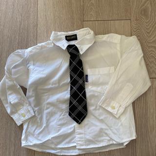 ネクタイ付き白シャツ 95