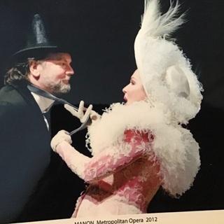 ニューヨークメトロポリタンオペラ合唱団で活躍したオペラ歌手とレッスン
