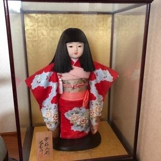 外国の方に大好評‼︎赤い着物の市松人形