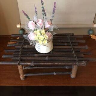 和室にぴったり黒竹製小物置台 出品者 竹(丸竹)