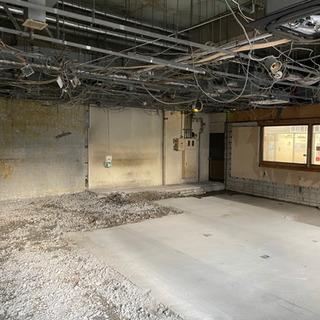 内装解体 店舗閉店に伴う現状回復工事請負ます。