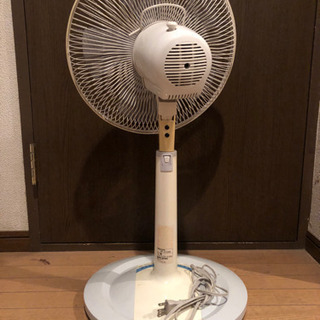 扇風機 美品 2月2日 までに取りに来てくれる人限定 − 東京都