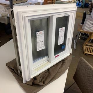 🎉YKKAP 面格子付き窓 洗面所など 遮熱ガラス