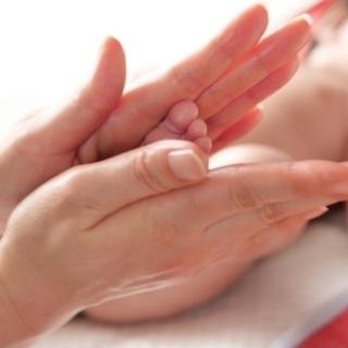 赤ちゃんとママのためのベビーマッサージ