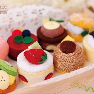 特別な日のお供えに!ちりめん細工の可愛いケーキを新発売!