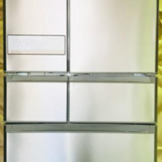 2017年製✨6ドア✨600L✨タッチパネル冷蔵庫✨清掃済😻