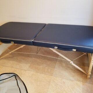 マッサージ用折り畳みベッド