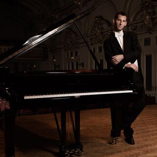 ベルンハルト・パルツ/オーストリア・ウィーン私立音楽芸術大学教授...