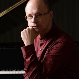 トーマス・ヘル/ドイツ・マインツ音楽大学教授/ピアノオンラインレッスン