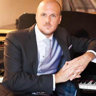 アレックス・アルグアシル/スペイン・リセウ高等音楽院教授/ピアノ...
