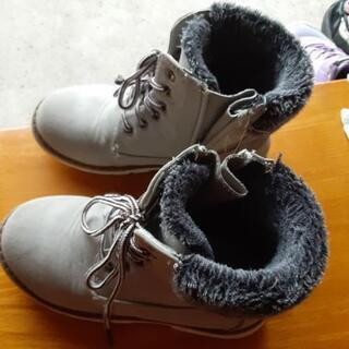 女の子用ブーツ 20cm - 越前市