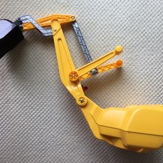 Rolly Toysショベルカー ディガーCAT 室内のみで使用