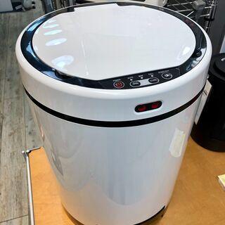 中古 ゴミを自動吸引する掃除機ゴミ箱「クリーナーボックス」…