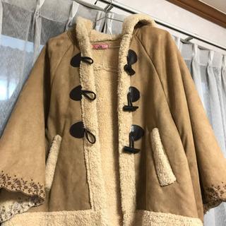 ポンチョ風 フード付きハーフコート