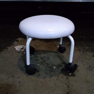 キャスター付き 丸椅子 4本足 ホワイト ③ 配送OK 早…