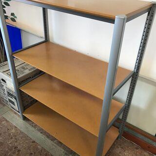 棚(高さ約120cm / 棚板高さ調整可)