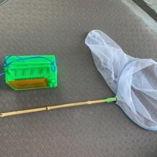 虫取り網、カゴ、シャベル