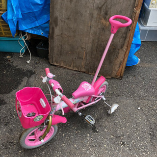 自転車 子供 ピンク 補助輪片方破損
