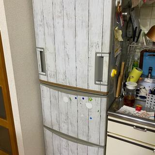 シャープの冷蔵庫 両開き
