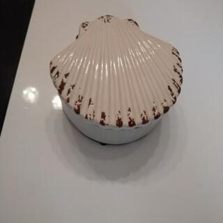 陶器の貝殻ケース