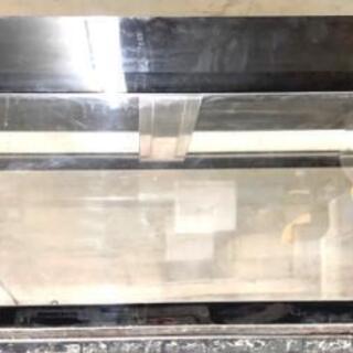中古大型アクリル水槽