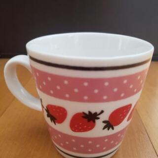 【新品未使用!】可愛い♡マグカップ いちご ピンク