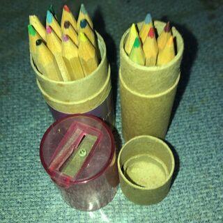色鉛筆 2セット
