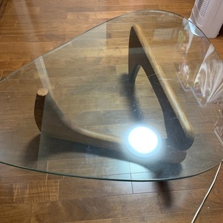 ガラス テーブル 三角 ウッド脚 ノグチテーブル