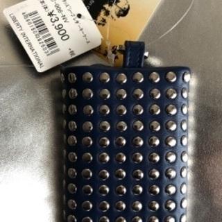 新品未使用スタッズキーケースネイビー上質な本革 − 愛知県