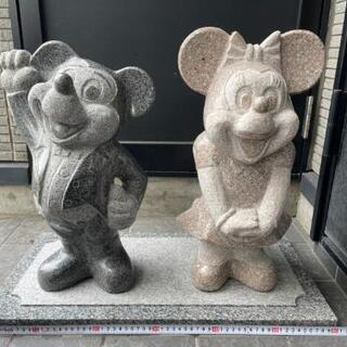 ミッキーとミニーの石像 (再投稿)