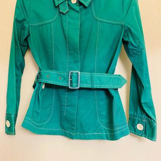 綿100%‼︎ 鮮やかなグリーンの春物ジャケット