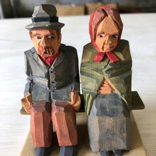 木彫りの置物☆老夫婦☆インテリア☆外国のお土産
