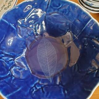 【譲ります】綺麗な陶器の器