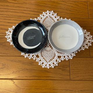 三ケ月🌙と満月🌕柄小皿 新品未使用