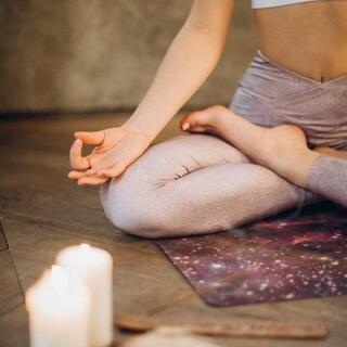キャンドル瞑想ヨガ