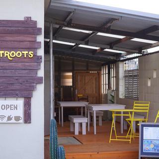 外人住宅カフェ兼コワーキングスペース「DotRoots」