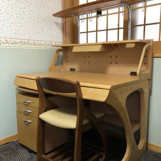 【ネット決済】カリモク 学習机&椅子 相場が分からないので値下げ...