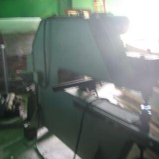 VIBRO シャー 金属の薄板を切断するレトロな機械です!
