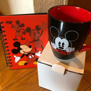ディズニー ミッキーマウス マグカップとノート