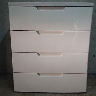 白くて大きな衣類収納チェスト 格安で売ります!