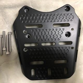 PCXアルミ削り出し リアキャリア リアボックス取り付けベース ...