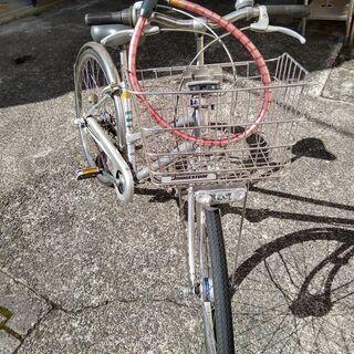 <値下げ>ブリジストン 26インチ・3段変速自転車 カゴ・ワイヤーロック+ラウンドロック付き - 京都市