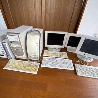 【引き取りのみ】パソコン・液晶ディスプレイあげます