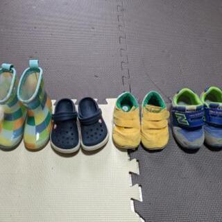 2歳くらいまでシリーズ 靴とジーンズセット