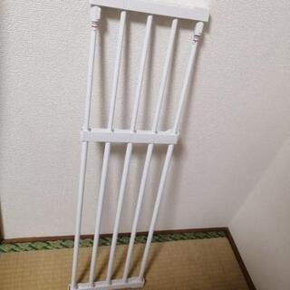 【本日引き取り】ニトリ 突張り棚(60~90cmまで可)