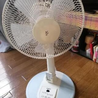 首振り扇風機